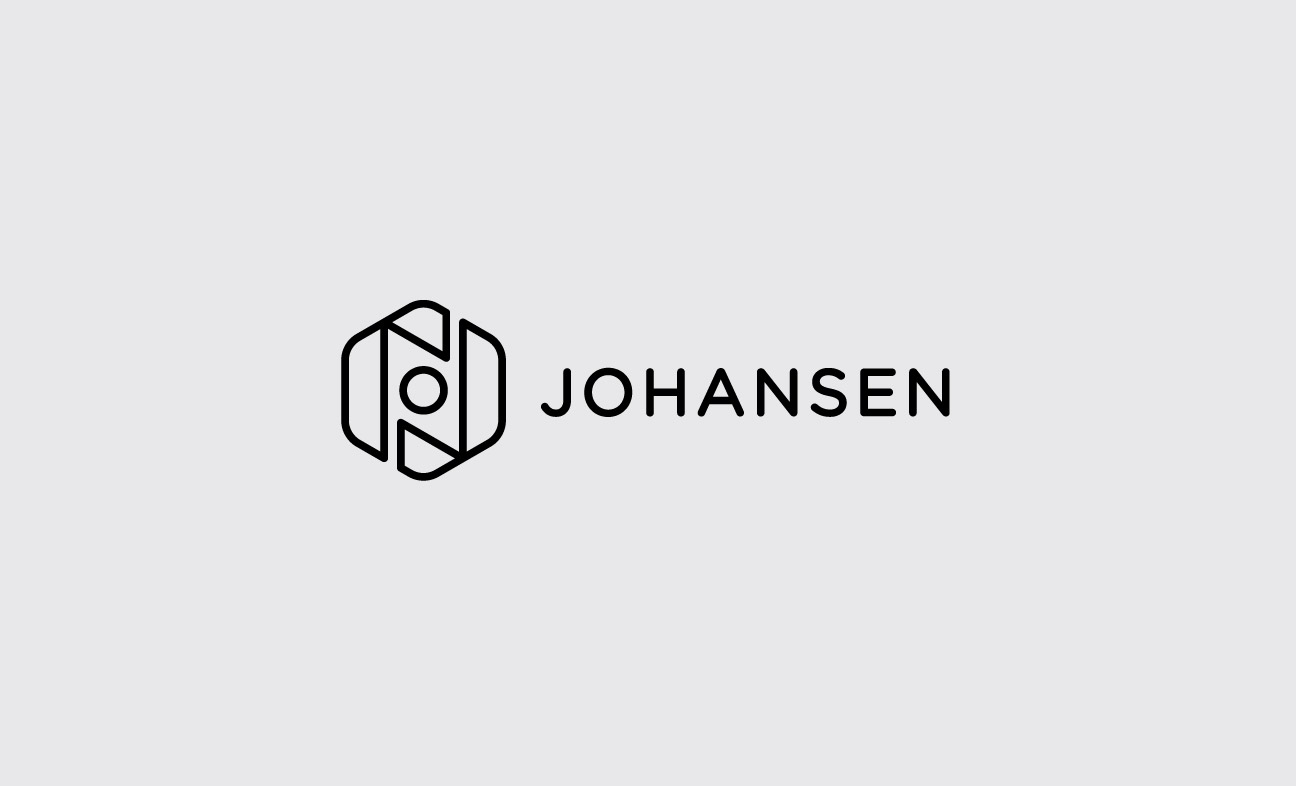 Johansen Camera Bags